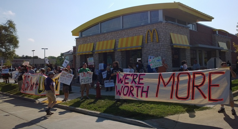Demonstrations continued at various McDonald's restaurants in Madison (photo by Alex Oberley)