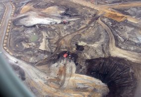 Oilsands mining in Canada (Source: Sierra Club of Canada)